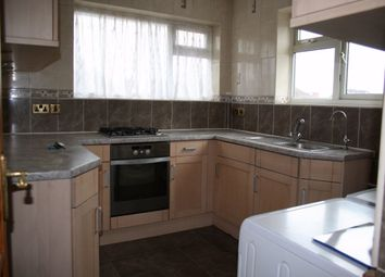Thumbnail 2 bed flat to rent in Fairey Avenue, Hayes