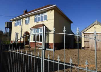 Thumbnail 4 bed detached house to rent in South Road, Beccles