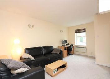 2 bed terraced house to rent in Westferry Road, London E14
