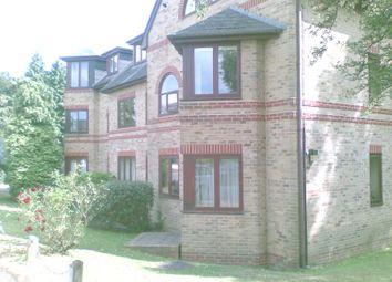 Thumbnail 2 bed flat to rent in Queens Road, Tunbridge Wells