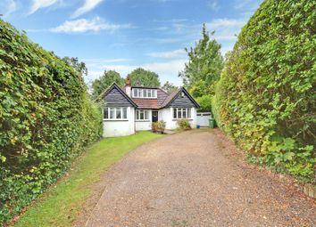 Thumbnail Detached house for sale in The Rose Walk, Radlett