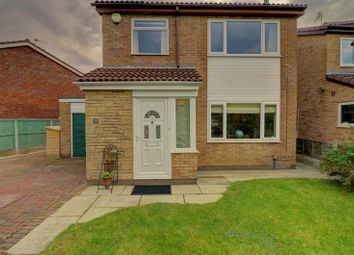 Thumbnail 3 bed detached house for sale in Middlefield, Leyland