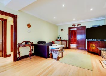 Gray's Inn Road, London WC1X. 1 bed flat