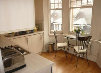 Thumbnail 1 bed flat to rent in Oxford Road, Highbury, London