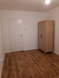 Thumbnail 2 bed flat to rent in Peregine House, Hall Street, Islington