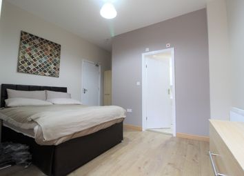 Thumbnail 3 bedroom shared accommodation to rent in Meadvale Road, Croydon