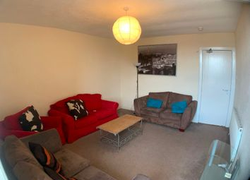 Thumbnail 3 bed flat to rent in Ruskin Place, West End, Glasgow