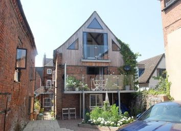 All Angels Barn, Old Tannery Courtyard, High Street, Ledbury, Herefordshire HR8. 4 bed barn conversion