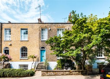 Alwyne Villas, London N1. 3 bed end terrace house