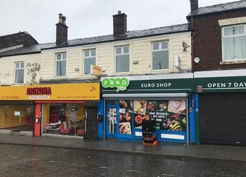 Oldham Road, Rochdale OL16. Commercial property to let