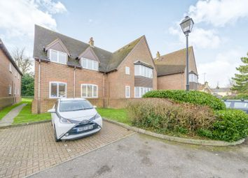 Thumbnail 2 bed flat to rent in Westminster Court, Off Grove Road, Harpenden