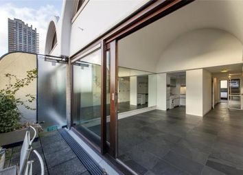 Thumbnail 1 bed flat for sale in Speed House, Barbican, London