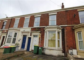 Thumbnail 5 bed property for sale in East View, Preston