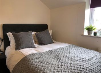3 bed property to rent in Cambridge Place, Ordsall, Salford M5