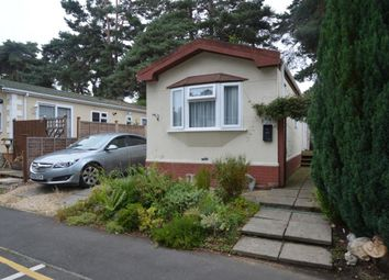 Thumbnail 1 bed mobile/park home for sale in California Country Park, Finchampstead