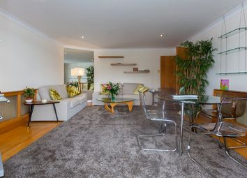 Thumbnail 2 bed flat to rent in King Henrys Reach, Hammersmith