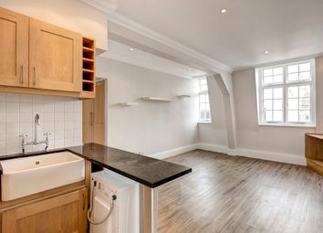Thumbnail 1 bed flat to rent in Duke Street, St James's, London