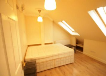 Thumbnail 1 bed flat to rent in Alyth Gardens, Golders Green