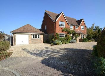 Thumbnail 4 bed detached house to rent in The Green, Kintbury, Hungerford