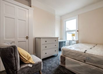 Room to rent in Clifton Road, Worthing BN11