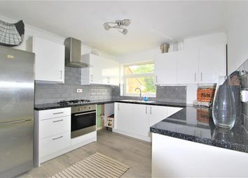 Lambourne Road, Chigwell, Essex IG7. 2 bed flat