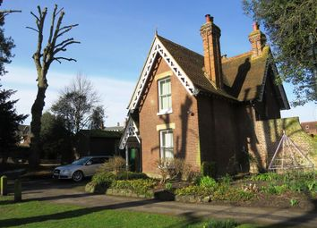 Thumbnail 2 bed detached house to rent in Dane John, Canterbury