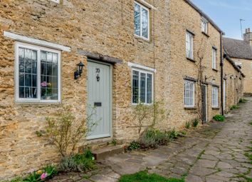 2 bed cottage for sale in Roundtown, Aynho, Banbury, Northamptonshire OX17
