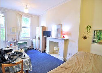 Thumbnail Studio to rent in Philbeach Gardens, Earls Court, London