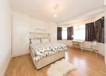 Room to rent in Helena Road, London, Greater London NW10