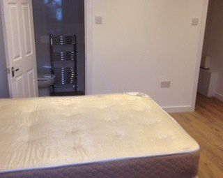 Thumbnail 2 bed shared accommodation to rent in Linden Grove, Manchester