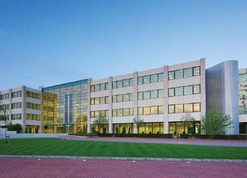 Thumbnail Office to let in Capitol Oldbury, Bracknell