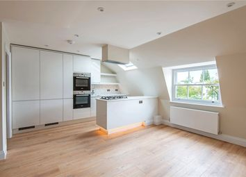 Thumbnail 3 bed flat to rent in 96 Clifton Hill, London