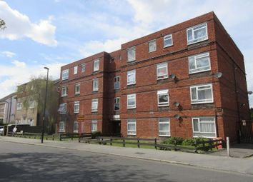Thumbnail 2 bed flat to rent in Campbell Road, Croydon