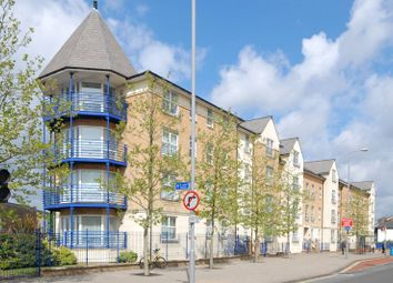 Thumbnail 2 bed flat for sale in Richmond Road, Kingston