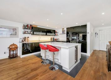 Thumbnail 2 bedroom flat for sale in Sanctuary Court, Wapping, London