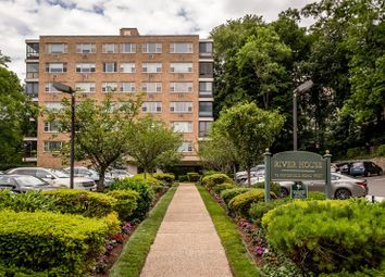 Thumbnail 2 bed property for sale in 72 W Pondfield Road Bronxville, Bronxville, New York, 10708, United States Of America
