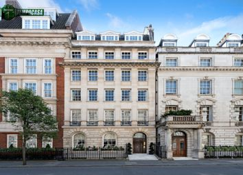 Thumbnail 1 bed property to rent in Upper Brook Street, Mayfair