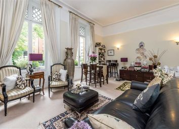 Thumbnail Flat to rent in Addison Road, London