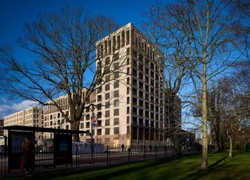 Thumbnail 2 bedroom flat for sale in 164 Green Lanes, Hackney, London
