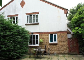 Thumbnail 1 bedroom property for sale in Waterloo Rise, Reading, Berkshire