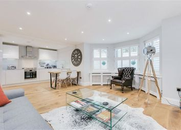 Thumbnail 2 bed flat for sale in Holly Lodge SW15, London
