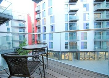 Thumbnail 1 bed flat to rent in 3 Saffron Central Square, East Croydon, Surrey