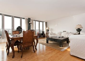 Thumbnail 3 bedroom flat to rent in Star Place, London