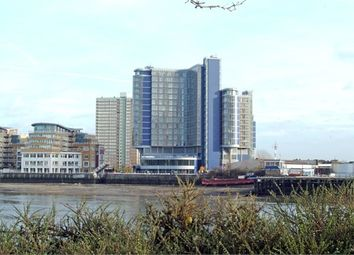 Thumbnail 1 bedroom flat to rent in Falcon Wharf, Falcon Wharf, Lombard Road, Battersea, London