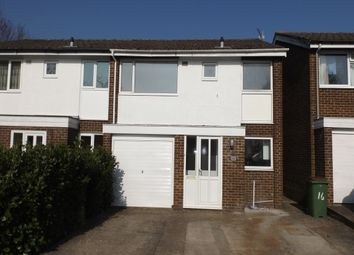 Thumbnail 3 bed property to rent in Stirling Way, Horsham