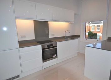 Thumbnail 3 bed flat to rent in Sedgemere Avenue, London
