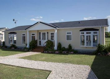 Thumbnail 2 bed mobile/park home for sale in Clacton Road, Weeley, Clacton-On-Sea