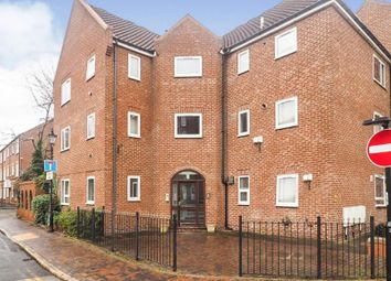 Thumbnail 1 bed flat for sale in Lawson Court, City Centre, Hull