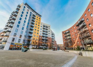 Austen Heights, Centenary Quay, Southampton SO19. 3 bed flat for sale