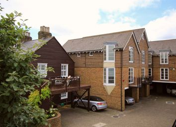 Thumbnail 3 bed property to rent in Pier Road, Greenhithe